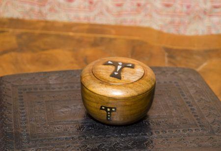 Porta ostie artigiano del legno e restauratore legno for Portaritratti legno